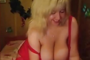 BBW milf shows her big breast