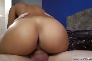 Big tit milf squirt and huge tits hairy fuck Desperate Arab