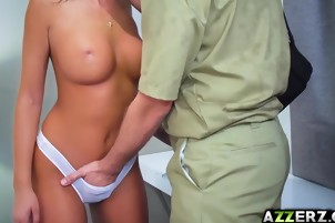 Busty babe August Ames bangs with a tech guy