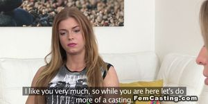 Female agent fingers in lesbian casting