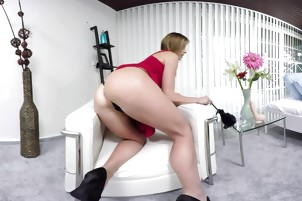 VR Bangers-PAOLA MIKE- CLEANING WITH A DILDO IN THE ASS!