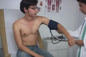Gay twink boy xxx Dr. Phingerphuck asked me to pull