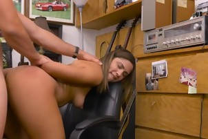 Hottie Mariah Gets Bent Over And Facialized