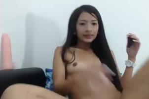 Brunette girl squirting hot live - burstpussy(dot)com
