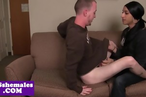 Ethnic tranny bangs male after sucking cock in bedroom