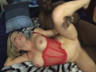 Housewife Gets Anal Creampie