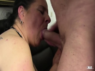 XXX Omas - Amateur German Grannies Suck And Fuck In Dirty Foursome